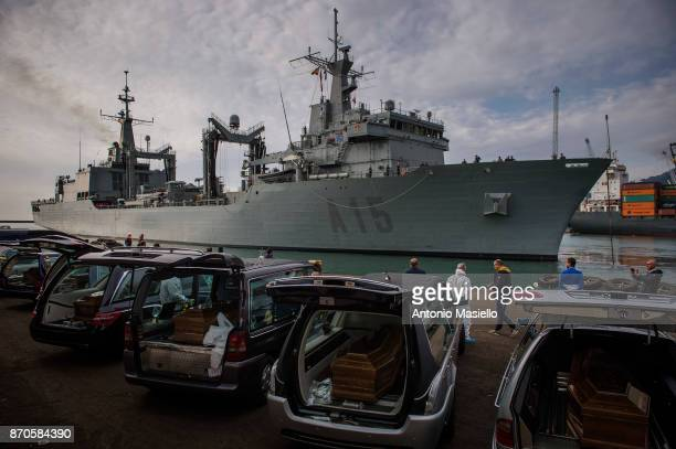 The Spanish navy ship 'Cantabria' arrive in the harbor of Salerno with about 400 rescued migrants on November 5 2017 in Salerno Italy The Spanish...
