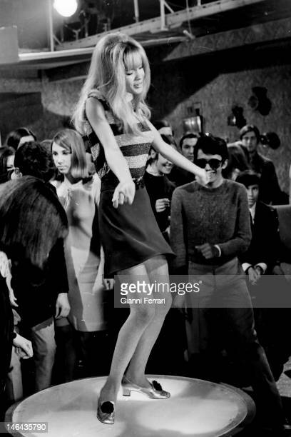 """The Spanish singer and actress Marisol dancing during the filming of """"Volver a empezar' 15th February 1968 Madrid Spain"""