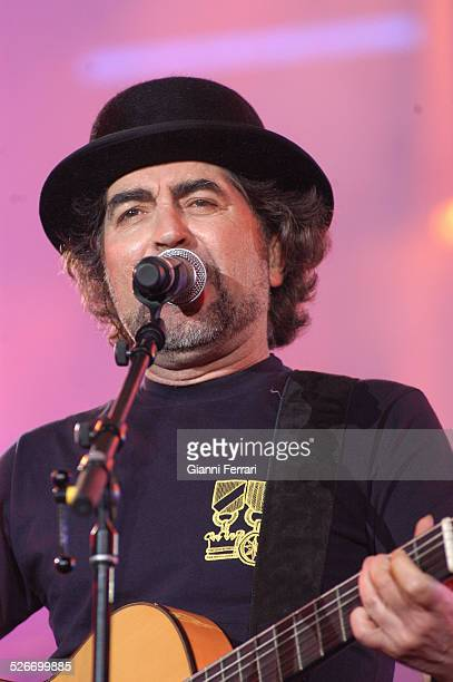 "The Spanish singer Joaquin Sabina performing during the 40th Anniversary of the ""40 Principales""in the Vicente Calderon Stadium 17th June 2006 Madrid..."