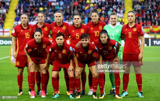 The Spanish team line up ahead of the UEFA Women's Euro 2017 Group D match between England and Spain at Rat Verlegh Stadion on July 23 2017 in Breda...