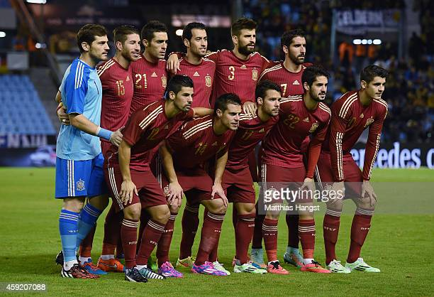 The Spanish team poses prior to the International Friendly match between Spain and Germany at Estadio Balaidos on November 18 2014 in Vigo Spain