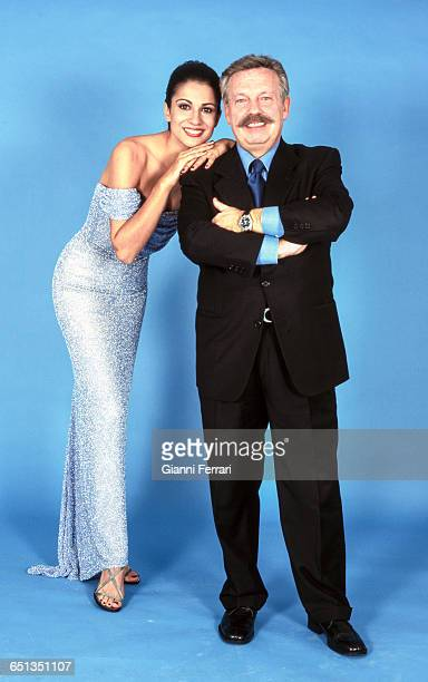 The Spanish television presenters Jose Maria Inigo and Silvia Jato during a photoshoot 16th December 1999 Madrid Spain