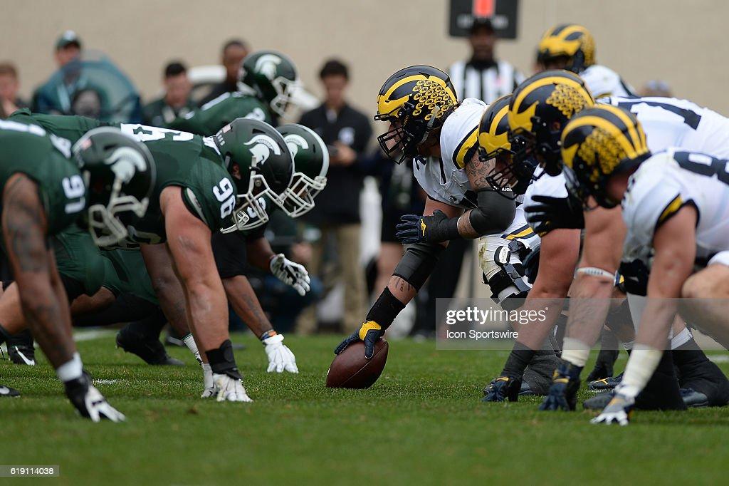 NCAA FOOTBALL: OCT 29 Michigan at Michigan State : News Photo