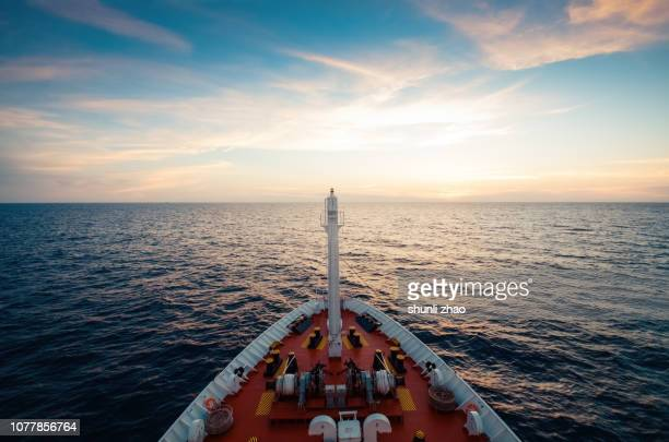 the spectacular scenery photographed by the navigator at sea - horizon over water stock pictures, royalty-free photos & images