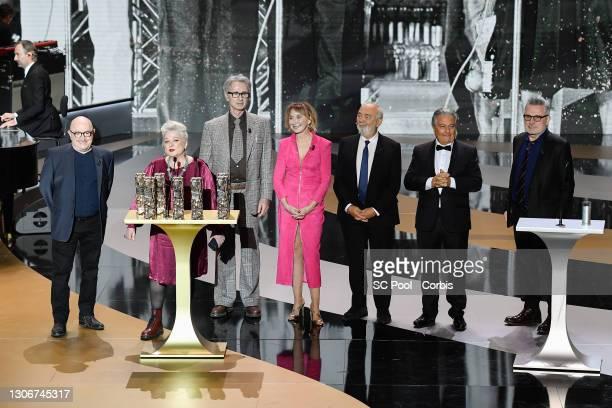 The Splendid Troop : Michel Blanc, Josiane Balasko, Thierry Lhermitte, Marie-Anne Chazel, Gérard Jugnot, Christian Clavier and Bruno Moynot receive...
