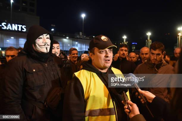 The spokesperson for the Trade Union Elite Taxi Barcelona Alberto Álvarez attends to the media during the protest of taxi drivers in Barcelona...
