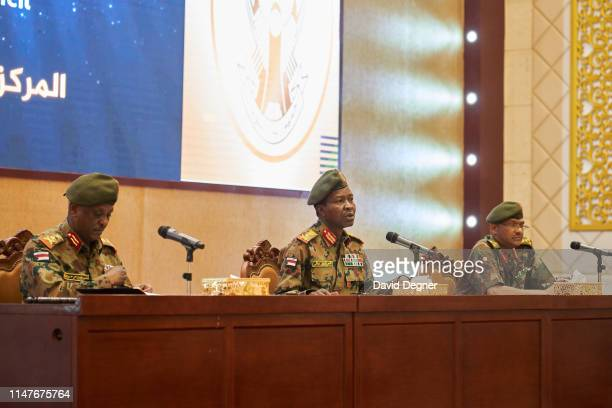 The spokesperson of Sudan's Transitional Military Council Shams al-Din Kabashi talks in a press conference on May 07, 2019 in Khartoum, Sudan.