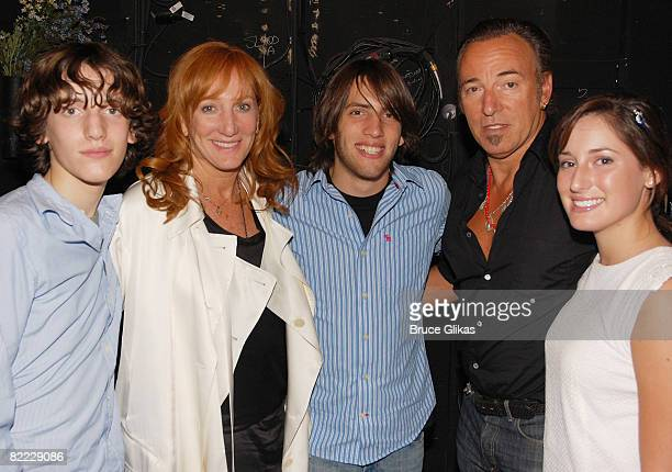 The Springsteen Family Sam Ryan Springsteen Patti Scialfa Evan James Springsteen Bruce Springsteen and Jessica Rae Springsteen pose backstage at...