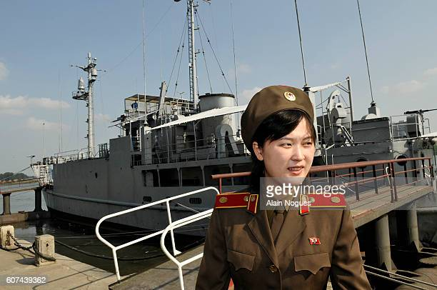 The spy ship was seized by the North Korean navy with 83 crew in 1968 The 82 survivors were freed after nearly a year of tense negotiations Le navire...