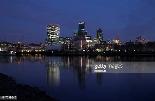 the square mile at night, london, uk - mattscutt stock pictures, royalty-free photos & images