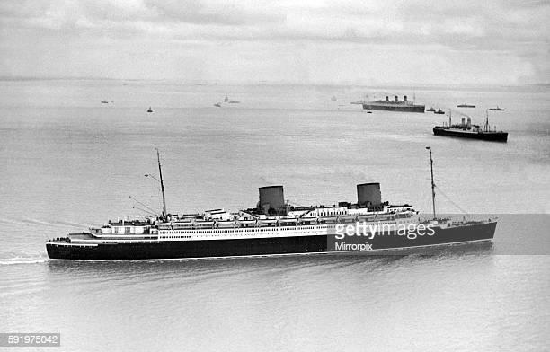 The SS Bremen at Southampton. 13th December 1936.