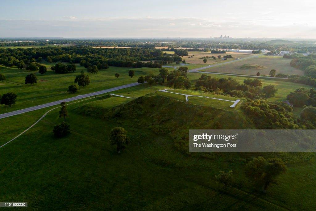 Cahokia Mounds In Illinois : News Photo