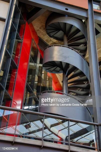 the stairs - leonardo costa farias - fotografias e filmes do acervo