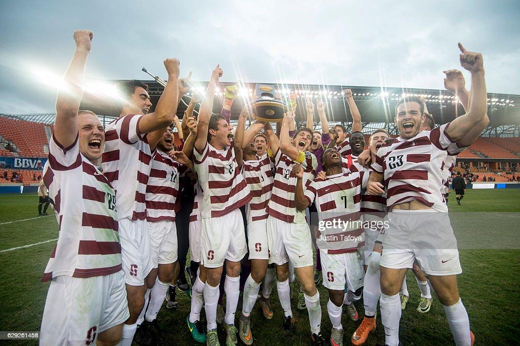 NCAA Division 1 Men's Soccer Championship : Nachrichtenfoto