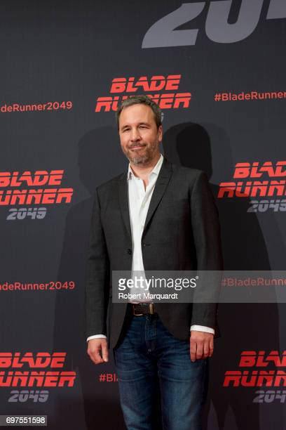 The stars and filmmakers of BLADE RUNNER 2049 actors Ryan Gosling Ana de Armas Sylvia Hoeks and director Denis Villeneuve appear in Barcelona on the...