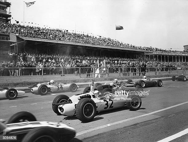 The start of the British Grande Prix at Aintree