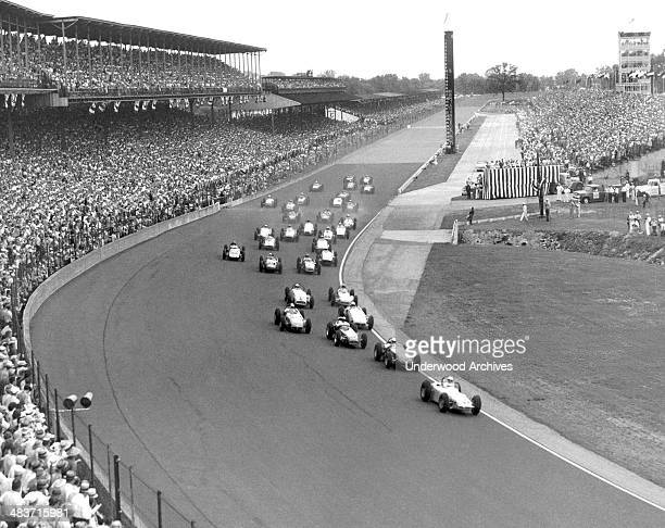 The start of the Indianapolis 500 auto race Indianapolis Indiana 1959