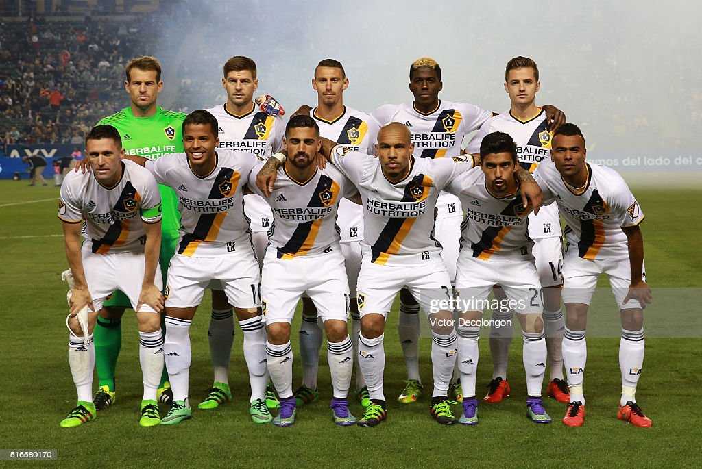 The Starting XI of the Los Angeles Galaxy pose for a group photo prior to the MLS match against D.C. United at StubHub Center on March 6, 2016 in Carson, California. The Galaxy defeated United 4-1.