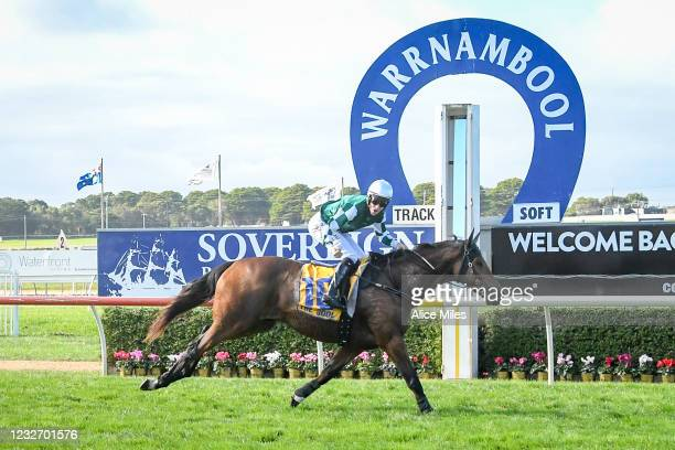 The Statesman ridden by Will Gordon wins the Sovereign Resort Galleywood Hurdle at Warrnambool Racecourse on May 05, 2021 in Warrnambool, Australia.