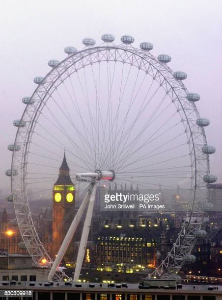 The stationary 450ft high British Airways London Eye Millennium Wheel The inaugural ride on the Millennium Wheel has been cancelled amid safety fears...