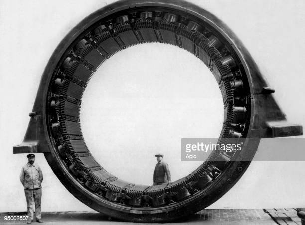 The stator of the engine of a rolling mill created by the SACM in Belfort c 1910