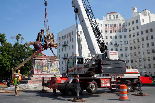 VA: Richmond, VA Removes Statue Of Confederate General J.E.B. Stuart