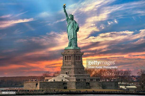 the statue of liberty, nyc, usa - national landmark stock pictures, royalty-free photos & images