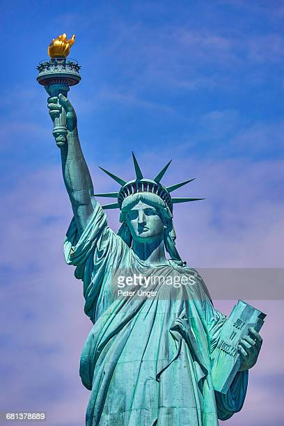 the statue of liberty,liberty island,new york,usa - statue of liberty stock pictures, royalty-free photos & images