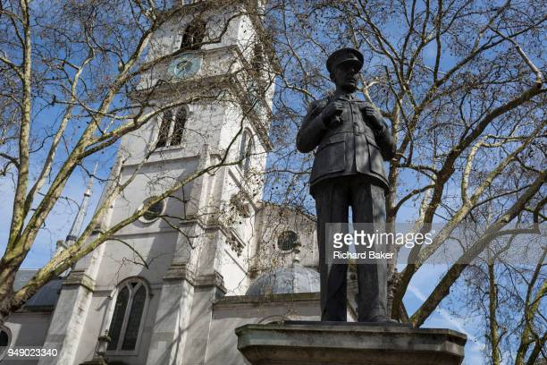 The statue of Royal Air Force Air Chief Marshal Lord Dowding outside St Clement Danes church on 17th April 2018 in London England Hugh Caswall...