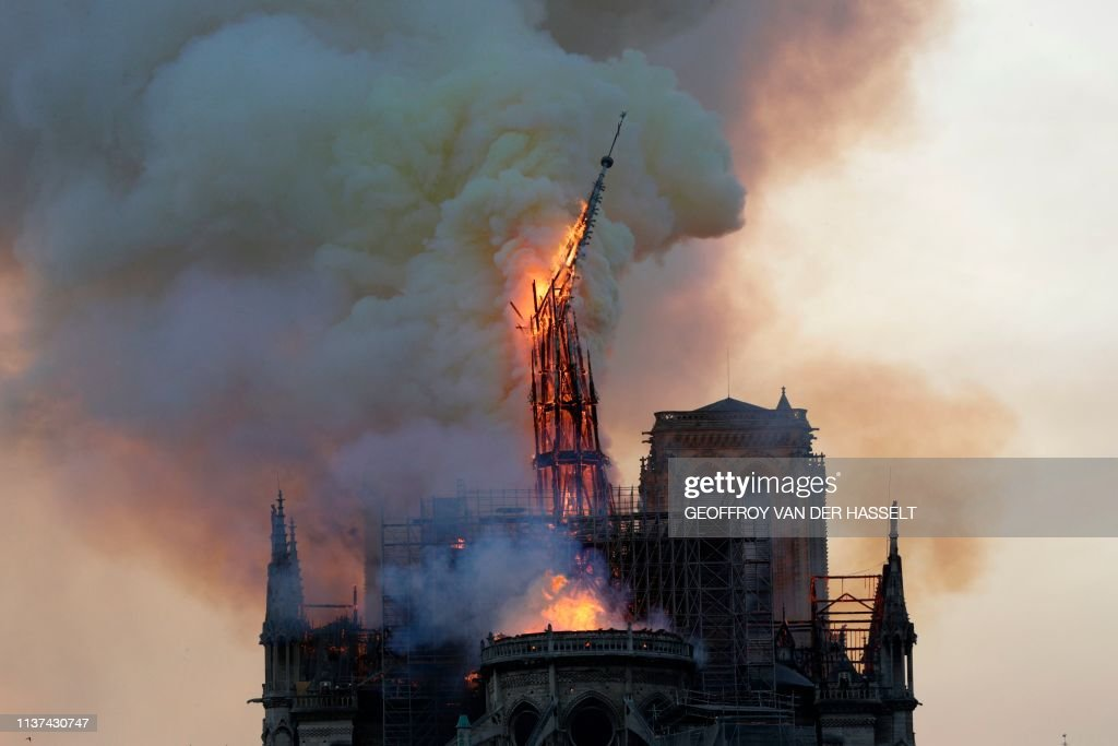 FRANCE-FIRE-NOTRE-DAME : News Photo