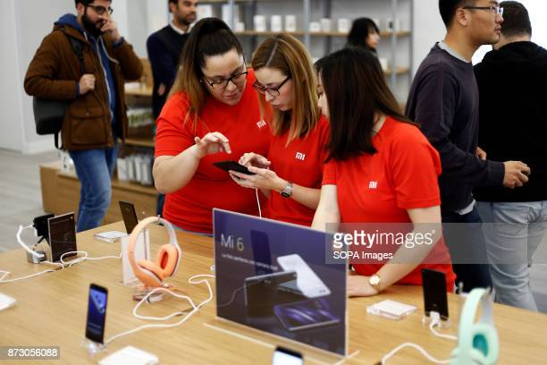 XANADú ARROYOMOLINOS MADRID SPAIN The store staff seen testing their new product at the Xiaomi The company Xiaomi inaugurates its first store in...