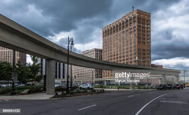 the streets of detroit - industriegebiet stock-fotos und bilder