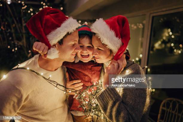 the strongest bond - christmas family stock pictures, royalty-free photos & images