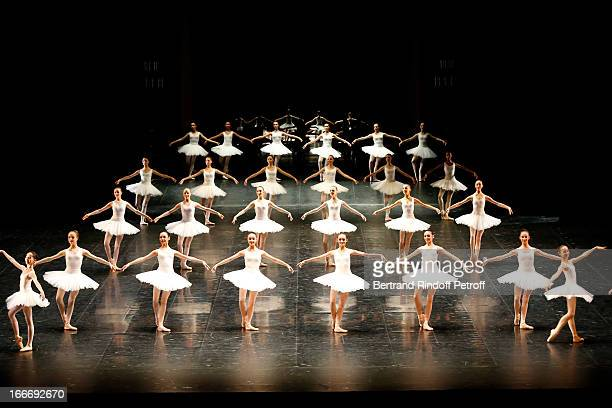 The students of the dance school of 'Opera de Paris' on stage while Tricentenary of the French dance school AROP Gala at Opera Garnier on April 15...