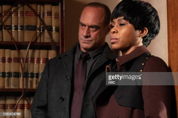 """The Stuff That Dreams Are Made Of"""" Episode 104 -- Pictured: Christopher Meloni as Detective Elliot Stabler, Danielle Moné Truitt as Sergeant Ayanna..."""