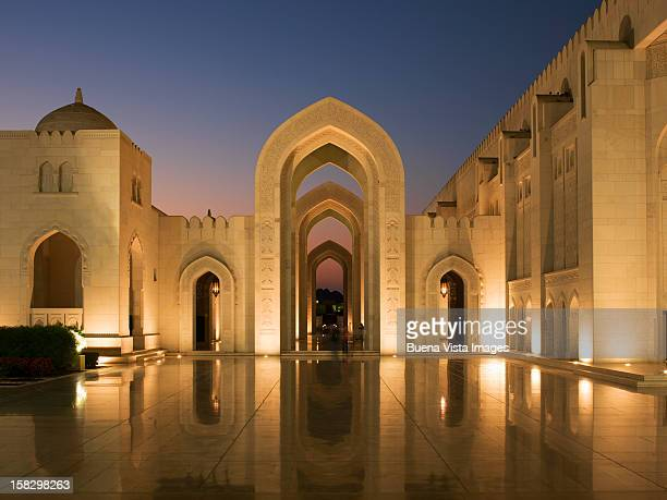 the sultan qaboos grand mosque, muscat. - sultan qaboos mosque stock pictures, royalty-free photos & images