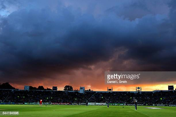 The sun sets during play in the NatWest T20 Blast match between Yorkshire Vikings and Lancashire Lightning at Headingley on July 1 2016 in Leeds...
