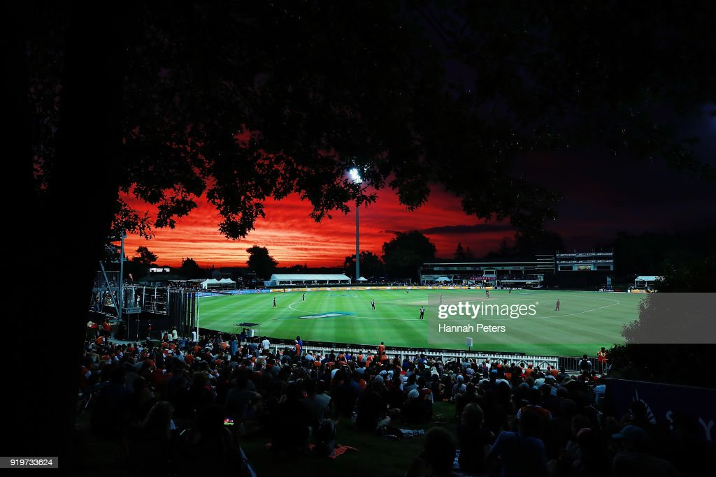New Zealand v England: T20 Tri Series