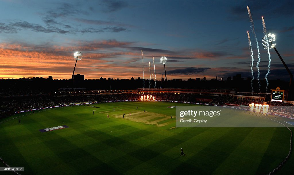 The sun sets during the NatWest T20 Blast Final between Lancashire Lighting and Northamptonshire Steelbacks at Edgbaston on August 29, 2015 in Birmingham, England.
