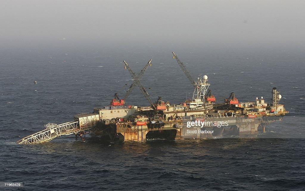 Norwegian-UK Gas Pipeline Laid In the North Sea : Nieuwsfoto's