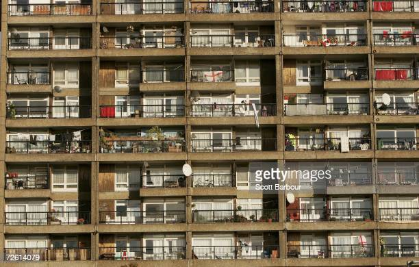The sun shines on Trellick Tower on November 21 2006 in London England The building contains 217 flats and was originally entirely owned by the...