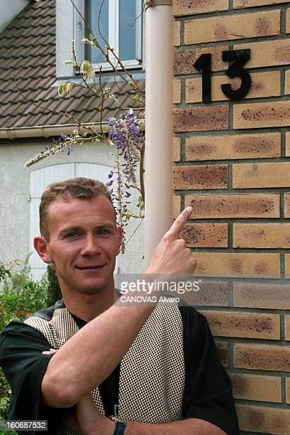 The Super Lotto Winners: Christophe, Winner Of 44.783.640 Francs. Combs-la-Ville - 3 mai 1996 - Portrait de Christophe, qui a gagné 44 783 640 francs...