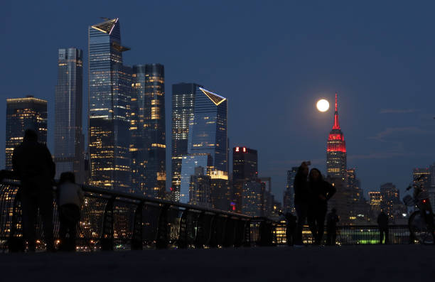 USA: 'Pink Moon' Is Largest Supermoon Of 2020