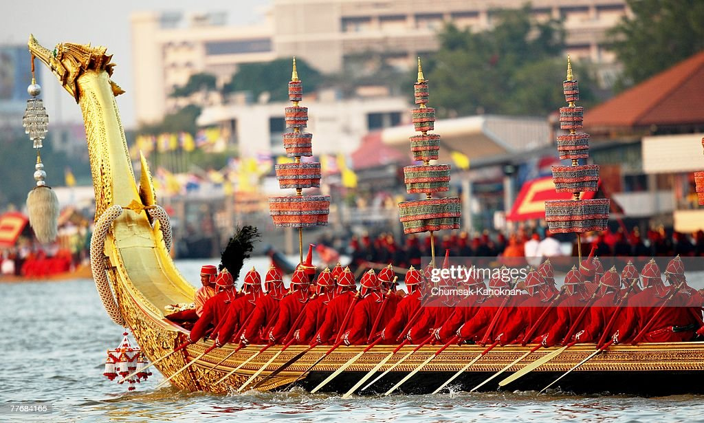 The Suphannahongsa Royal barge along the Chao Phraya river during the Royal celebrations on November 5, 2007, in Bangkok, Thailand. Thailand's magestic royal barge procession, held to celebrate King Bhumibol Adulyadej's coming 80th birthday, swept along the Chao Phraya river without him. King Bhumipol, The world longest reigning monarch, has been in hospital since October 13 after suffering a blood clot in his brain.