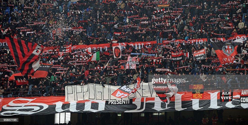 AC Milan v AC Siena - Serie A : ニュース写真