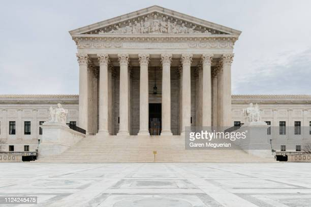 the supreme court of the united states - justice photos et images de collection