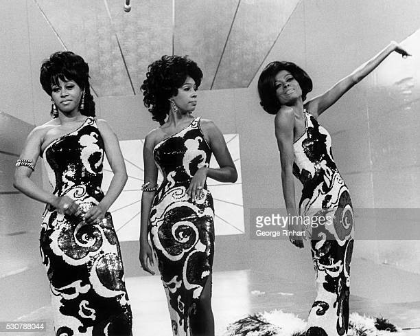 Cindy Birdsong Mary Wilson and Diana Ross circa 1964
