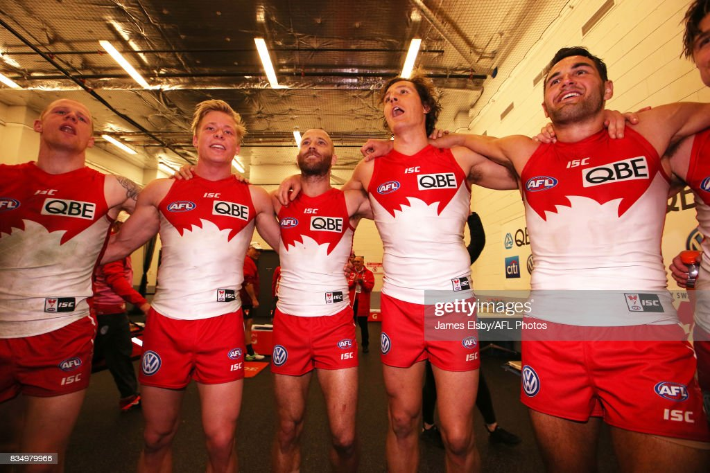 The Swans celebrate their win during the 2017 AFL round 22 match between the Adelaide Crows and the Sydney Swans at Adelaide Oval on August 18, 2017 in Adelaide, Australia.
