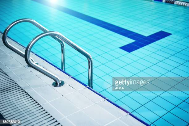 World\'s Best Public Swimming Pool Stock Pictures, Photos ...