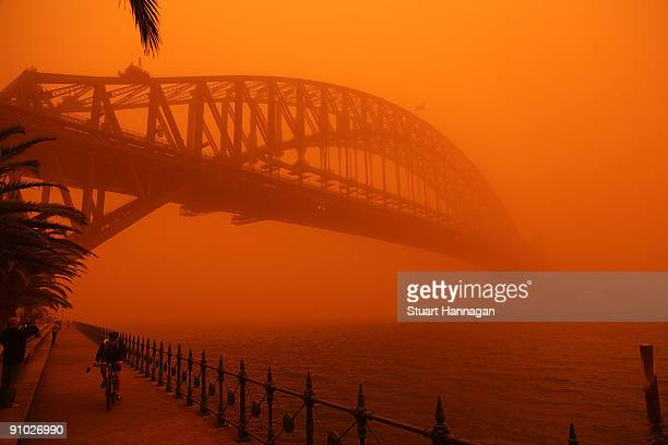 The Sydney Harbour Bridge is seen on September 23, 2009 in Sydney, Australia. Severe wind storms in the west of New South Wales have blown a dust...